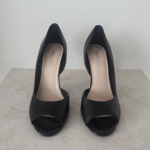 Nine West Black Peep Toe Heels Size 7.5